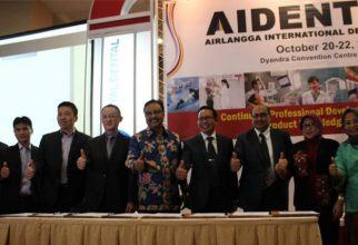 Faculty of Dental Medicine of Universitas Airlangga Held the Largest Dental Exhibition in Indonesia