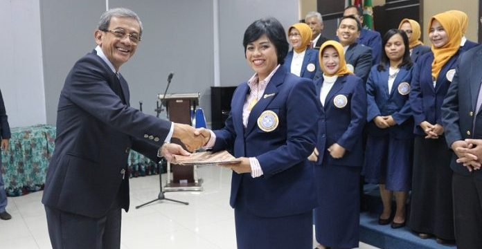 TNI Member Officially Inaugurated as Head of Alumni Association in Faculty of Dental Medicine of Airlangga University
