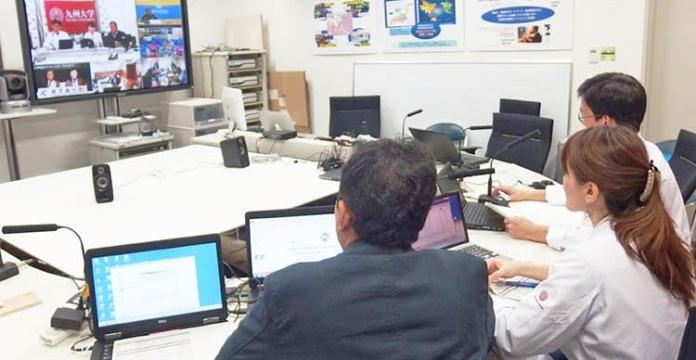Praktek Akademik Berbasis Teleconference, Inovasi Pendidikan Dokter Gigi Era Modern