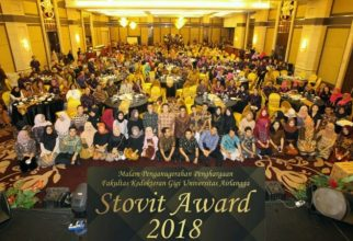 STOVIT AWARD as An Appreciation Moment for Outstanding Lectures, Staffs, and Students